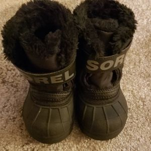 Sorel Insulated Snow Boots Size 4